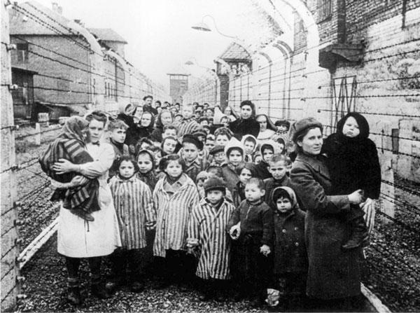 Sobrevivientes de un campo de concentración