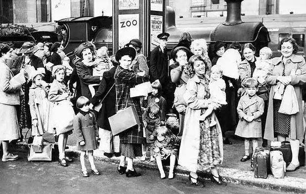 Evacuación de mujeres y niños en Inglaterra, 1939